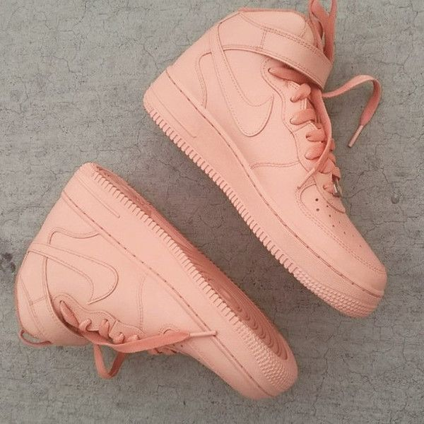 Women S Sneakers Outfits 2017 2018 Shoes Nude Peach Coral Nike