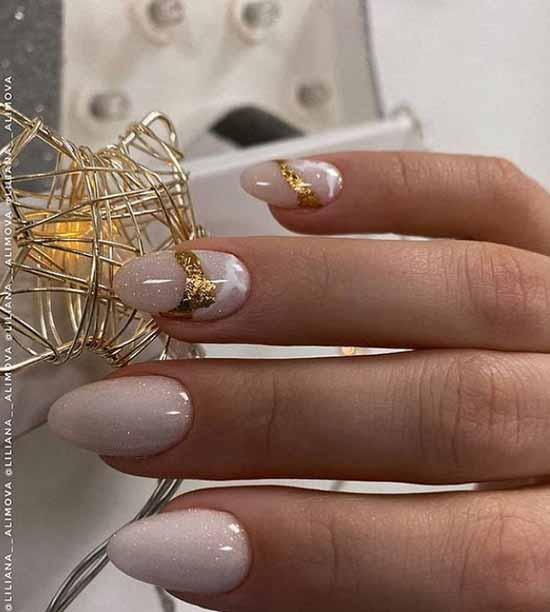 Elegant foil manicure