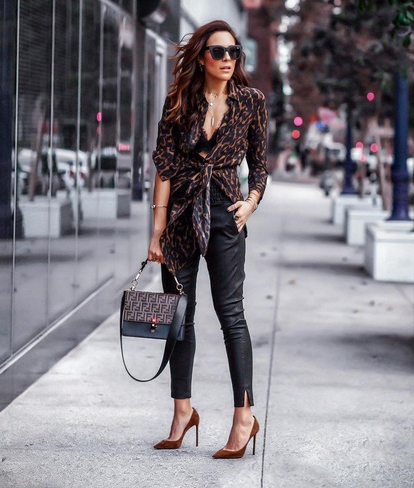 What to wear in the fall.  Creative ideas for sets for autumn