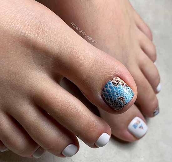 Pedicure 2021 colors and designs