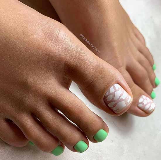 Mint color pedicure