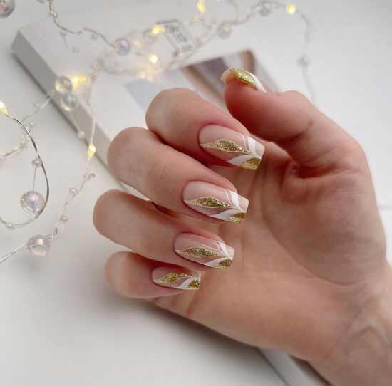 Nude with gold manicure