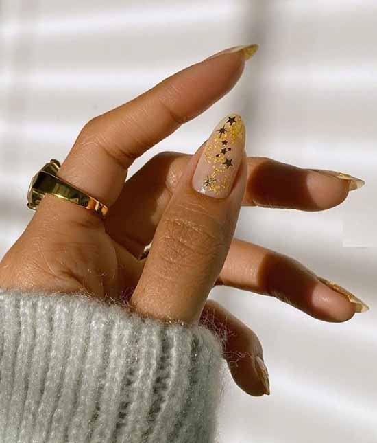 Winter manicure with asterisks