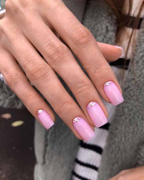 Winter nude manicure 2021: photos of the best nail designs