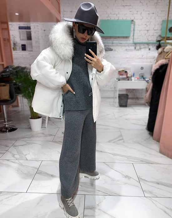 Looks with knitted joggers