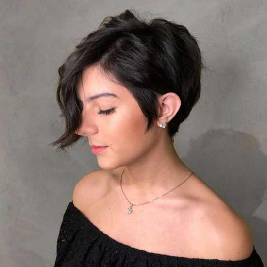 Styling haircuts with long bangs
