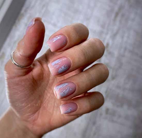 Fashionable manicure with matte foil