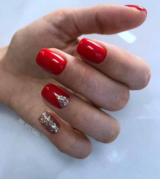 Red moon glitter manicure