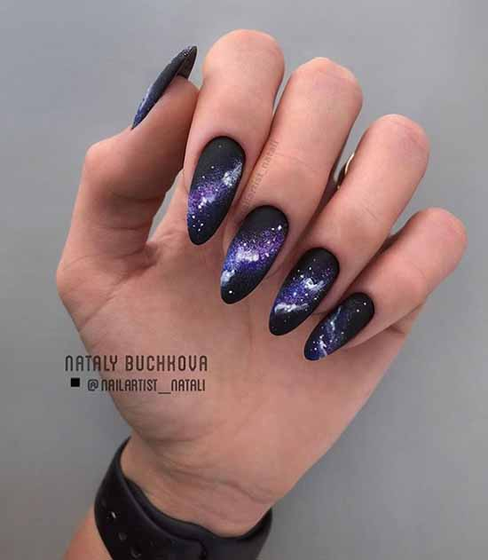 Black long nails texture with sequins