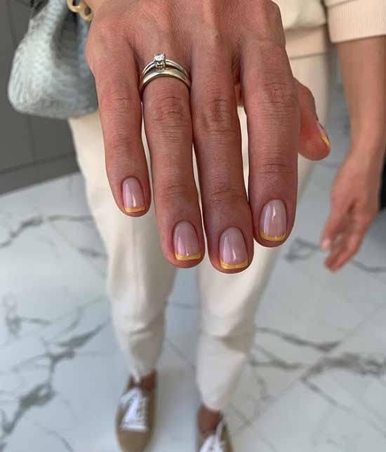 French thin line manicure