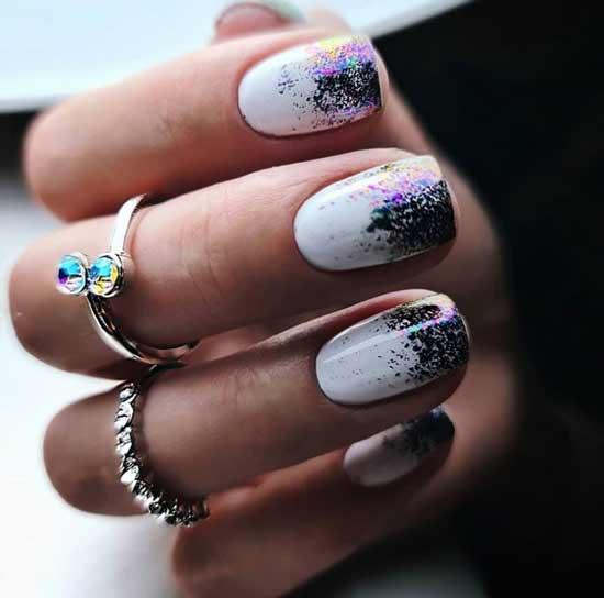 Gradient glitter on short nails