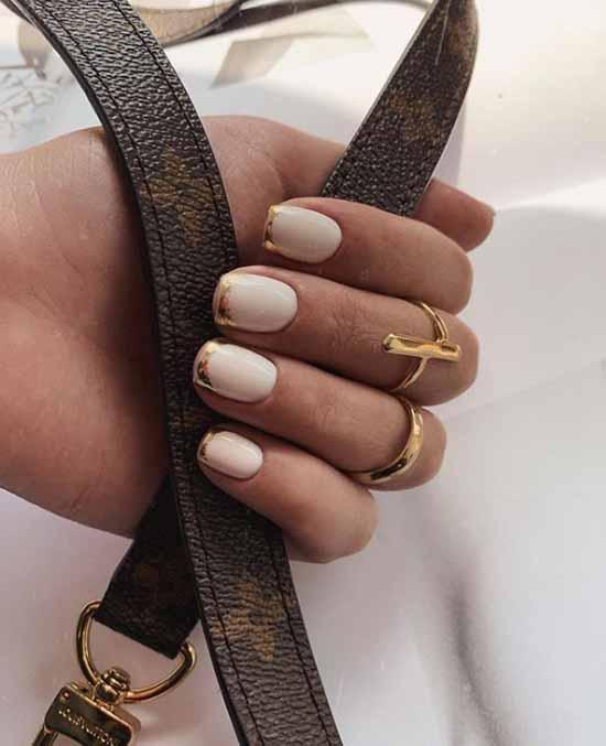 Stylish new manicure for short nails