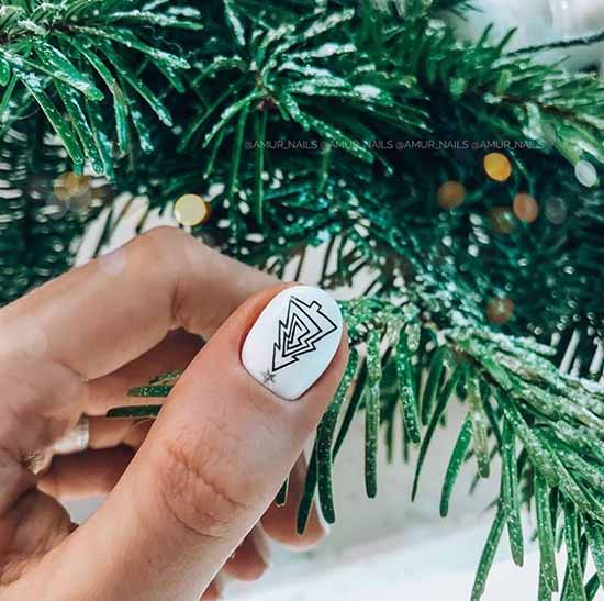 New Year's manicure with herringbone gel polish