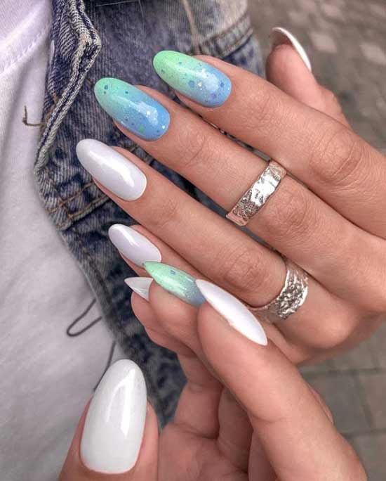Manicure gel polish photo