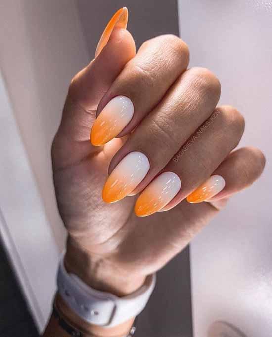 Summer manicure shellac
