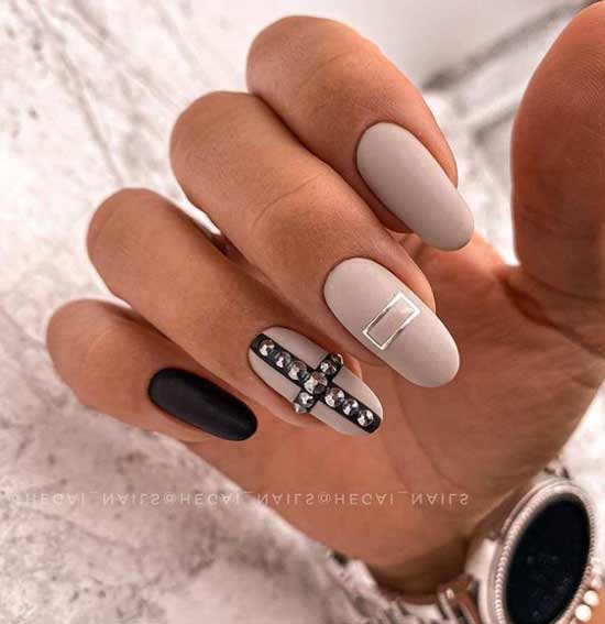 Matte manicure gel polish photo