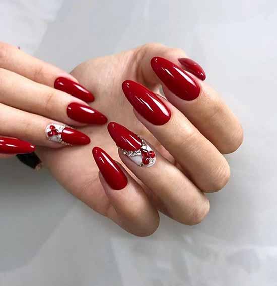 Chic festive red manicure
