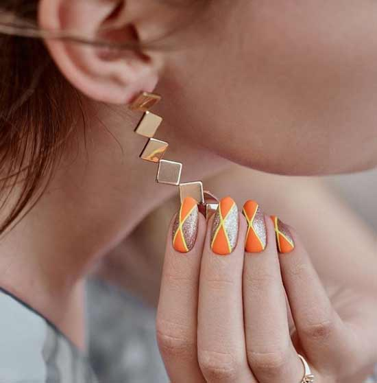 Original matte glitter nail design