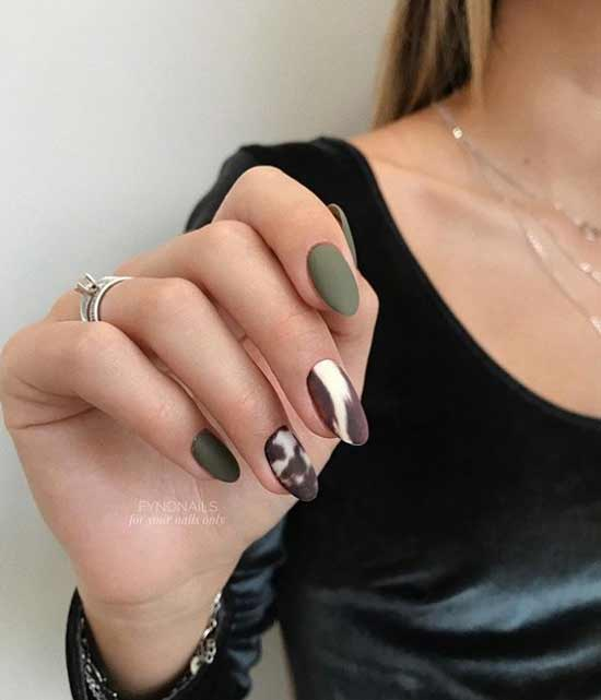 Original matte nail design