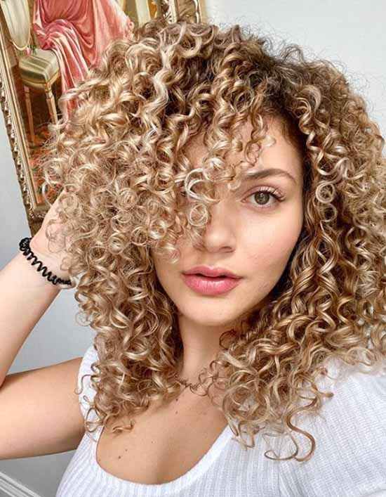 Long curly bangs