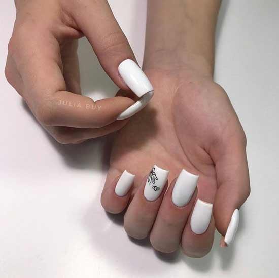 White manicure design minimalism