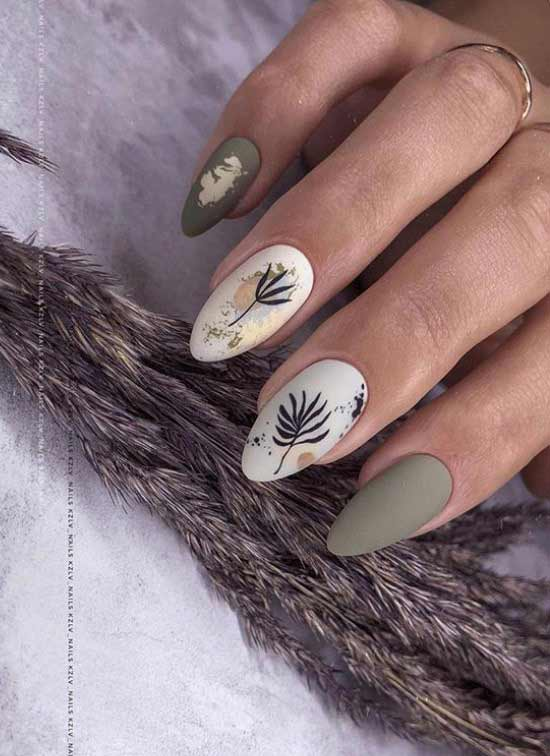 Autumn manicure with foil