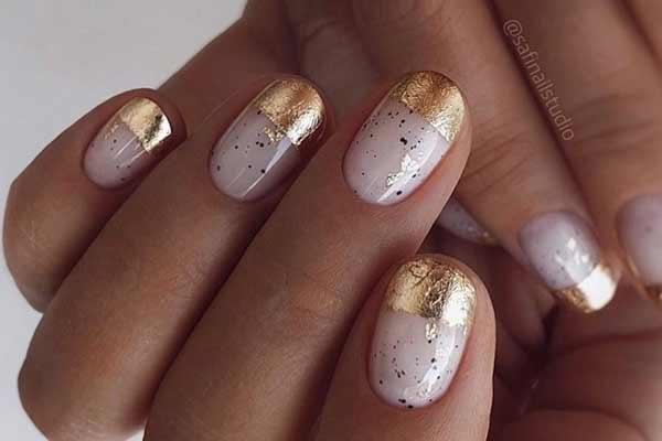 Красивый дизайн ногтей с фольгой