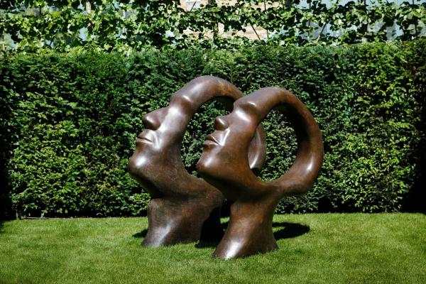Garden art object