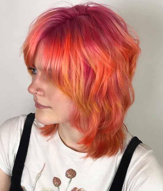 Shoulder-length curls