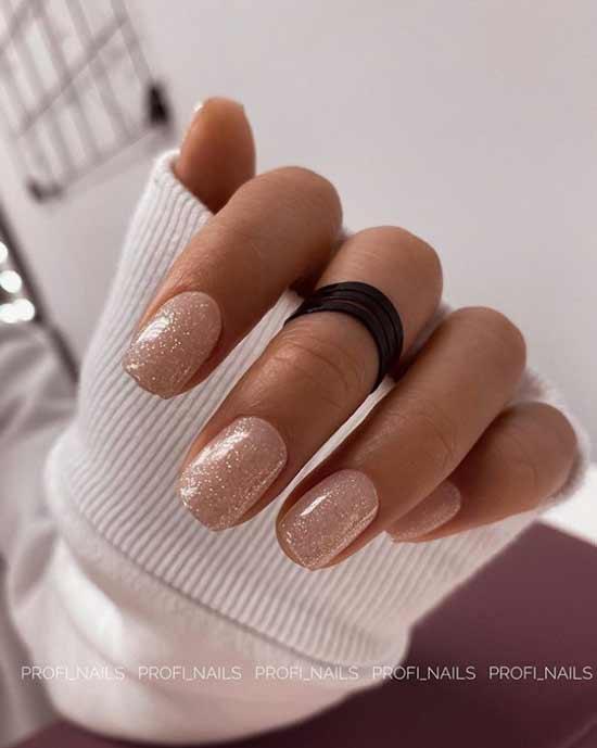 Beige short glitter nails