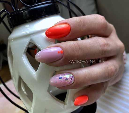 Red and beige glitter manicure