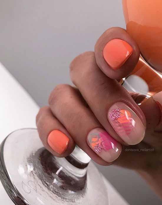 Glitter nail design: new manicure in the photo