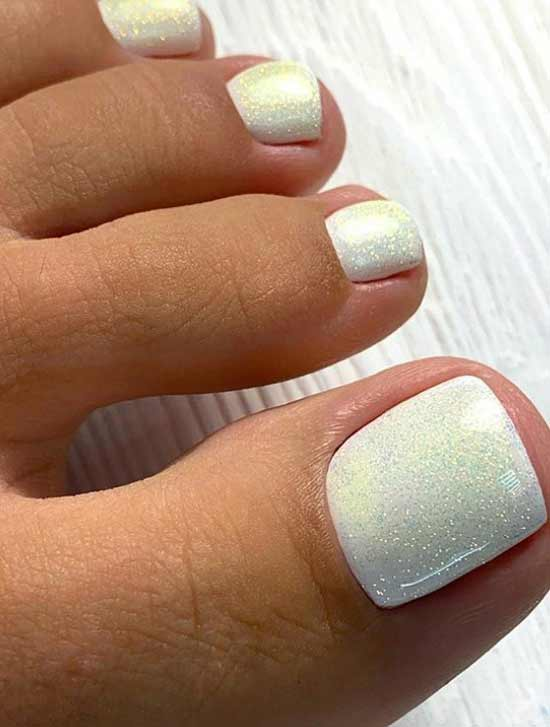 Solid color glitter finish