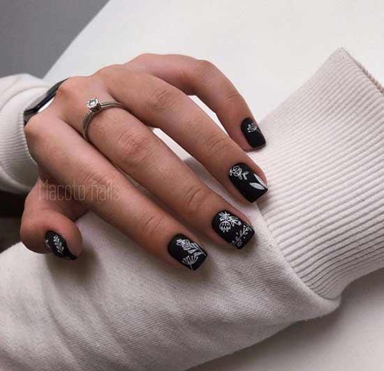 Black manicure autumn