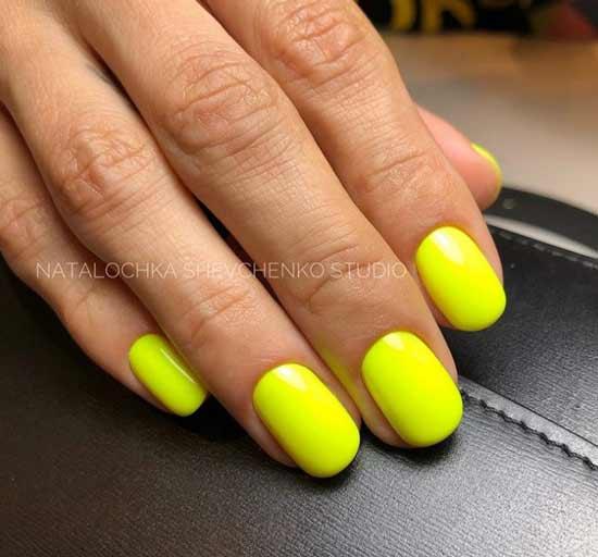 Neon yellow manicure