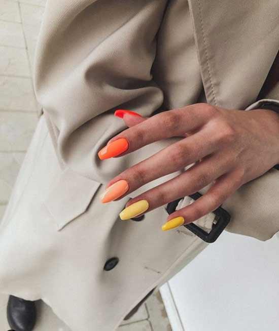 Ballerina multicolored manicure