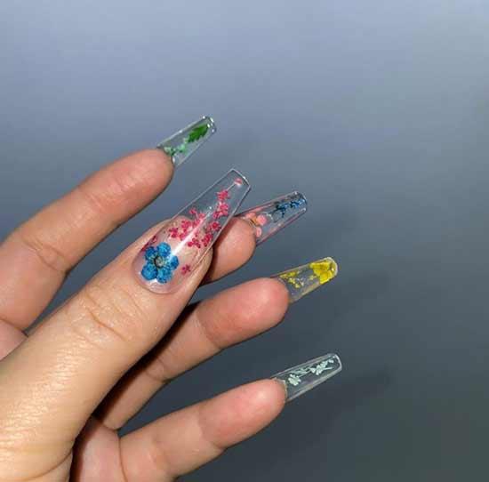 Transparent manicure