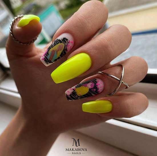 photo of ballerina nails with designs
