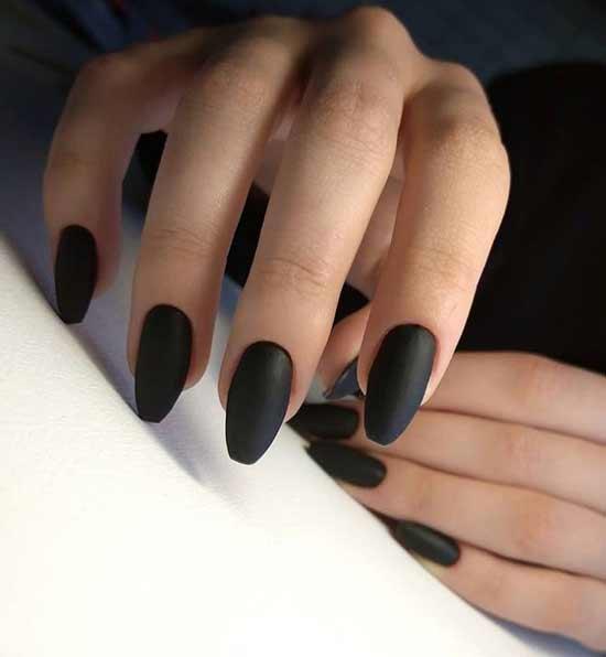 Matte black manicure ballerina