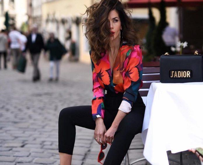 Одежда с цветами. Модные новинки фасонов с одеждой в цветочек