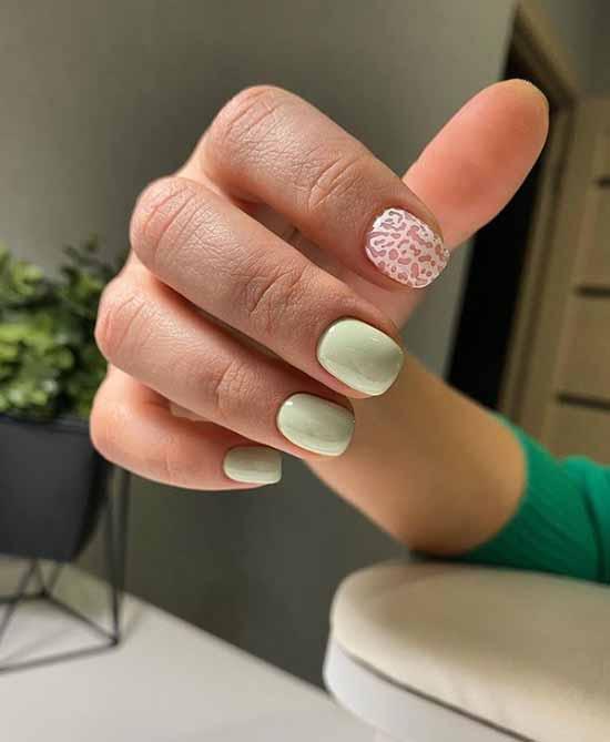Light green manicure