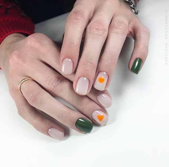 Khaki short manicure