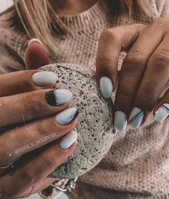 Trendy white glitter manicure