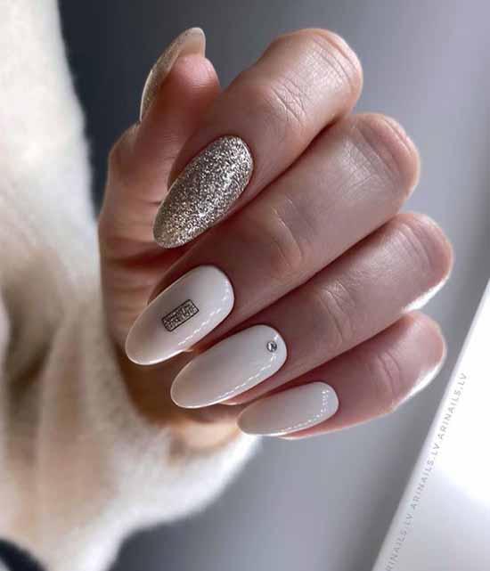 Gold glitter on white nails