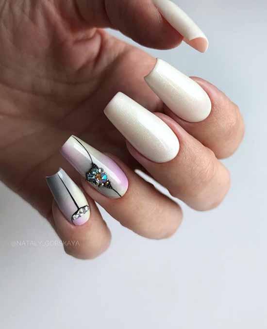 White ballerina nails with glitter