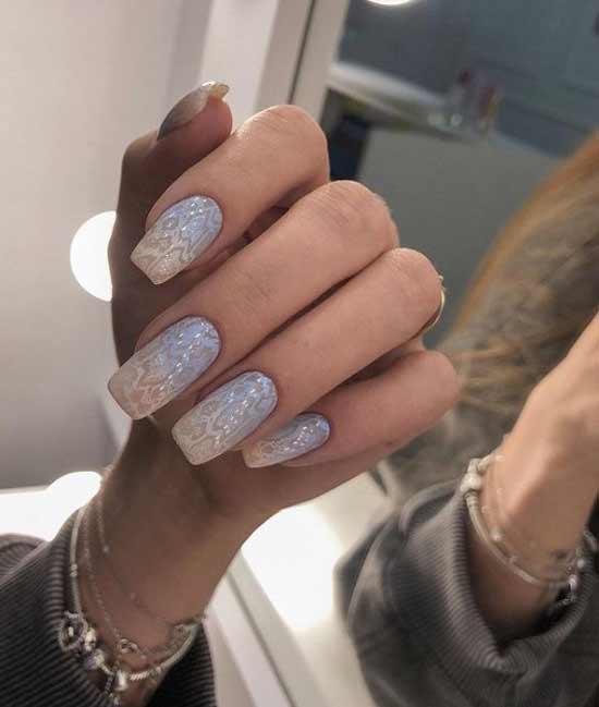 Delicate gradient manicure