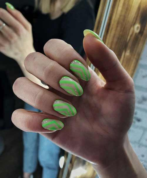 Neon manicure trend with transparent