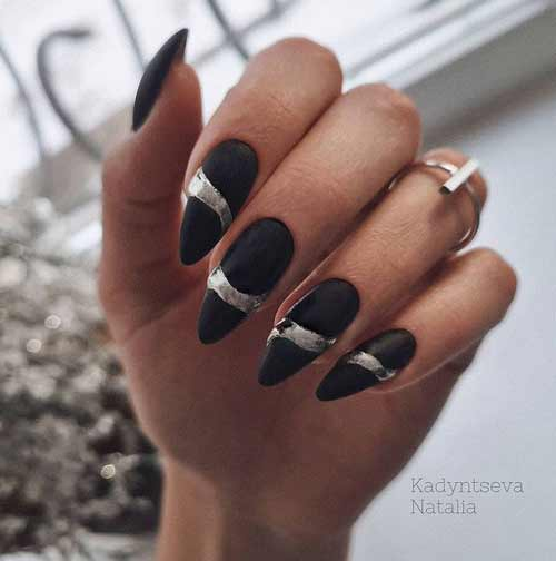 Black nails design with foil