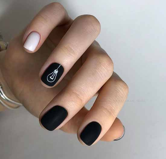 Black short nails