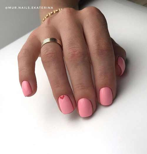 Red heart manicure